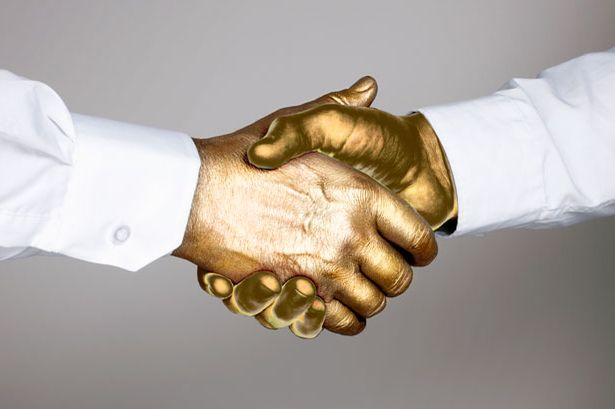 Golden-Handshake