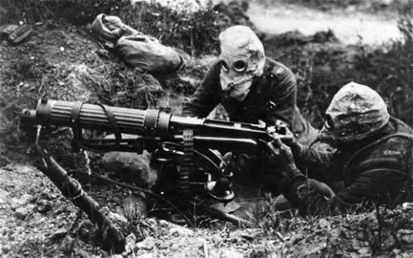 WW1-gasmasks_2823426b